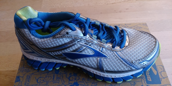 Brooks Adrenaline GTS15, Damen